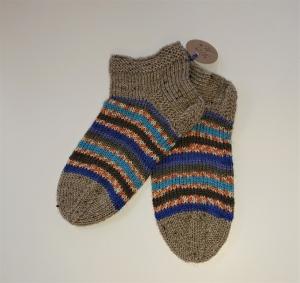 Gestrickte bunte dicke Socken aus 6-fach Sockenwolle mit kurzen Schaft -  Gr. 38/39 , handgestrickt von  la piccola Antonella - Handarbeit kaufen