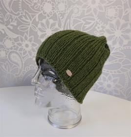 Gestrickte Mütze  Beanie  aus 100% Wolle  ( Merino ) in moos grün , Unisex,  handgestrickt / handmade by la piccola Antonella - Handarbeit kaufen