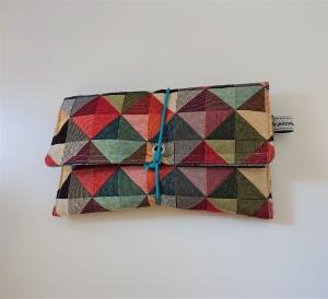 Universaltäschchen , Etui, Clutch, mit Dreiecken ,  zum Aufbewahren vielerlei Dinge mit Gummikordel zu verschließen, handmade by la piccola Antonella - Handarbeit kaufen