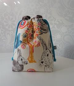 Utensilo Stoffkörbchen Beutel Hasen Motiv mit Kordeln zum verschließen , handmade by la piccola Antonella - Handarbeit kaufen