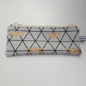 Kosmetiktasche  mit Libellen in weiß gold schwarz, Schminktäschchen, Tasche für Allerlei Kram, Stifte etc, Handmade by la piccola Antonella - Handarbeit kaufen
