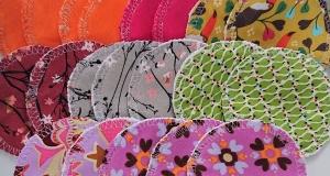 Kosmetikpads , Abschminkpads aus Baumwolle , bunt gemischtes Set mit 20 Stück in 8 cm , waschbar - wiederverwendbar , handmade by la piccola Antonella - Handarbeit kaufen