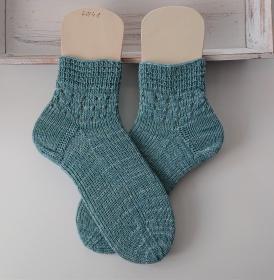 Gestrickte  Socken in mint , Stricksocken, Kuschelsocken in der  Gr. 40/41 , handgestrickt von la piccola Antonella