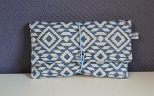 Universaltäschchen, Reiseetui, Clutch, Kosmetiktasche in blau weiß, handmade by la piccola Antonella - Handarbeit kaufen