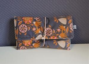 Universaltäschchen, Reiseetui, Clutch, Kosmetiktasche mit samtiger Oberfläche, handmade by la piccola Antonella