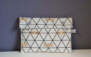 Universaltäschchen, Reiseetui, Clutch, Kosmetiktasche mit Libellen in gold, handmade by la piccola Antonella - Handarbeit kaufen