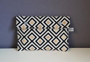 Universaltäschchen, Reiseetui, Clutch, Kosmetiktasche mit Rauten in schwarz weiß gold, handmade by la piccola Antonella - Handarbeit kaufen