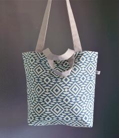 Einfacher Shopper, Henkeltasche mit graphischen Muster in blau , Einkaufstasche, Beutel , Handmade by la piccola Antonella - Handarbeit kaufen