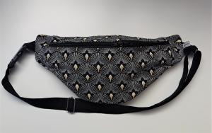 Bauchtasche in schwarz gold , tragbar auch als Crossbag, Umhängetasche, handmade by la piccola Antonella - Handarbeit kaufen