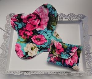 Waschbare Slipeinlagen / Binden aus Baumwolle mit bunten Blumen FlowerGarden, 2 Stück, Zero Waste, handmade by la piccola Antonella - Handarbeit kaufen