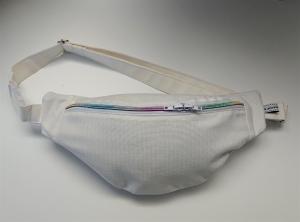 Bauchtasche in weiß mit bunten Reißverschluß, tragbar auch als Crossbag, Umhängetasche, handmade by la piccola Antonella - Handarbeit kaufen