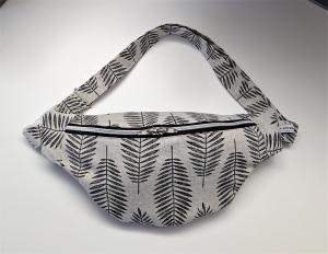 Bauchtasche Hüfttasche mit leichtem Silberglanz , tragbar auch als Crossbag, Umhängetasche, handmade by la piccola Antonella - Handarbeit kaufen