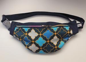 Bauchtasche Hüfttasche in petrol blau mit Ornamenten, tragbar auch als Crossbag, Umhängetasche, handmade by la piccola Antonella - Handarbeit kaufen