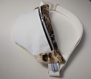 Bauchtasche Hüfttasche in weiß und Leo Optik, tragbar auch als Crossbag, Umhängetasche, handmade by la piccola Antonella - Handarbeit kaufen