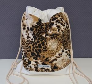 Turnbeutel, Festivaltasche, Rucksack im Leo Design , Handmade by la piccola Antonella - Handarbeit kaufen