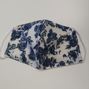 Mund - und Nasen - Maske mit blauen Rosen, 2 lagig aus dünner Baumwolle  , KEIN Virenschutz , handmade by la piccola Antonella - Handarbeit kaufen