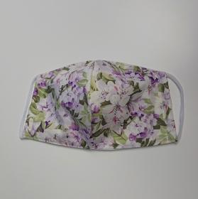 Mund - und Nasen - Maske mit Blumen in flieder und grün, 2 lagig, dünne Baumwolle  , KEIN Virenschutz , handmade by la piccola Antonella - Handarbeit kaufen