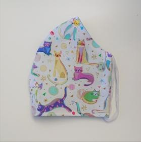 Mund - und Nasen - Maske für Schul Kinder in weiß mit bunten Katzen, 2 lagig aus  Baumwolle  , KEIN Virenschutz , handmade by la piccola Antonella - Handarbeit kaufen