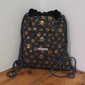 Turnbeutel, Festivaltasche, Rucksack mit Totenköpfen in gold , Handmade by la piccola Antonella - Handarbeit kaufen