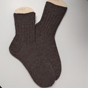 Gestrickte Socken für den Mann in braun Gr. 46/47 aus 6 fädiger Sockenwolle, Wollsocken, Kuschelsocken, handgestrickt von la piccola Antonella