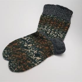 Gestrickte Socken in grau braun beige, Gr. 38/39 aus 6 fädiger Sockenwolle, Wollsocken, Kuschelsocken, handgestrickt von la piccola Antonella