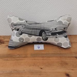 Genähter Leseknochen mit US Cars, Lesekissen , Nackenkissen , Nackenrolle , Handmade by la piccola Antonella  - Handarbeit kaufen