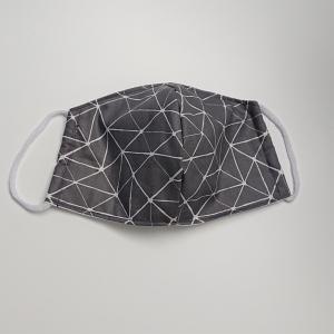 Mund - und Nasen - Maske mit Strichen in grau und weiß, 2 lagig aus dünner Baumwolle  , KEIN Virenschutz , handmade by la piccola Antonella  - Handarbeit kaufen