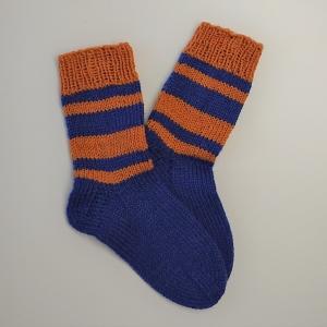 Gestrickte dicke Socken in blau gelb, Gr. 38/39 aus 8 fädiger Sockenwolle, Wollsocken, Kuschelsocken, handgestrickt von la piccola Antonella