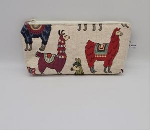 Kosmetiktasche mit Lamas, Schminktäschchen, Tasche für Allerlei Kram, Stifte etc.  Handmade by la piccola Antonella - Handarbeit kaufen
