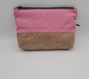 Kosmetiktasche in rosa mit Herzstickerei, Schminktäschchen für Allerlei Kram, handmade by la piccola Antonella - Handarbeit kaufen