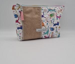 Kosmetiktasche, Projekttasche mit Katzen und Herzstickerei, Schminktäschchen für Allerlei Kram, handmade by la piccola Antonella - Handarbeit kaufen