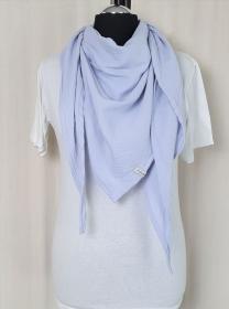 Dreieckstuch aus Musselinstoff, Musselintuch in hellblau, leichter Schal, handmade von la piccola Antonella  - Handarbeit kaufen
