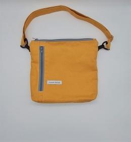 Bauchtasche in gelb, tragbar auch als Crossbag, Umhängetasche, handmade by la piccola Antonella