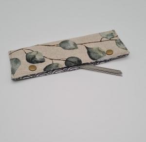 Stricknadelgarage , Stricknadeltasche Eukalyptus, Aufbewahrung für Nadelspiel 15 cm, handmade la piccola Antonella  - Handarbeit kaufen