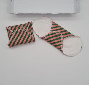 Waschbare Slipeinlagen / Binden aus Baumwolle gestreift in koralle grün, 2 Stück, Zero Waste, handmade by la piccola Antonella  - Handarbeit kaufen
