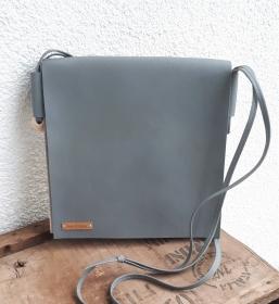 handgefertigte vegane Handtasche aus Waschpapier und Kunstleder * grau - taubenblau - Handarbeit kaufen