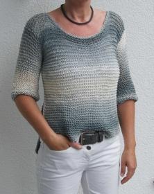 fließend-weicher Sommer-Pulli aus Bändchengarn * grau-weiß * Größe 36/38