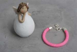 handgefertigtes Perlenarmband für Kinder * neon pink glänzend - Handarbeit kaufen
