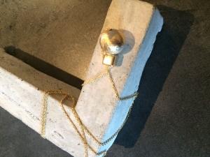 Betonschmuck Halskette gold Kugelkette Geschenk Schmuck