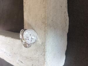 Betonschmuck FIngerring Ring silber Glitzer