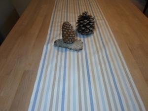 Tischläufer *Striscio blu* Baumwolle 140x38cm  von friess-design   - Handarbeit kaufen