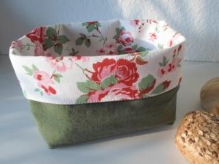 Brotkorb für's VALENTINS-Frühstück *Venezia* grün/ Rosen Baumwolle (sehr fest) von friess-design