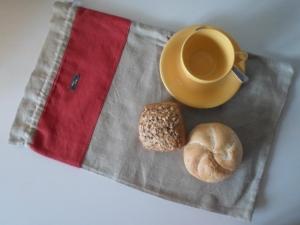 Brotbeute *lde luxe* Leinen beige/rot von friess-design mit Kordel - Handarbeit kaufen