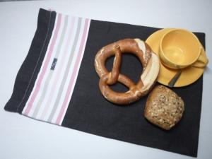 Brotbeutel *de luxe* Leinen dunkelgrau/ rosa von friess-design mit Kordel