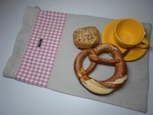 Brotbeutel *de luxe* Leinen natura/ rosa von friess-design mit Kordel - Handarbeit kaufen