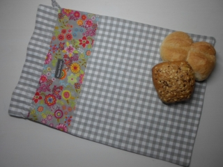 Brotbeutel *speciale* Baumwolle grau-kariert/ bunt von friess-design mit Kordel - Handarbeit kaufen
