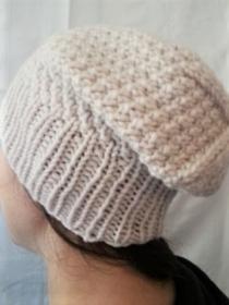 Wollmütze handgestrickt Beanie  in beige Größe M für Frauen und Männer  - Handarbeit kaufen