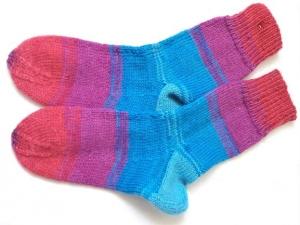 Wollsocken in Größe  26/27 handgestrickt blau pink bunt geringelt für Mädchen und Jungen - Handarbeit kaufen