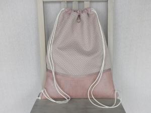 Turnbeutel-Rucksack rosatöne, Korkstoff, Stoff mit kleinem Rautenmuster und Innenfächern