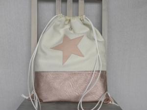 Turnbeutel-Rucksack Rose´ Kunstleder und Cremeweiß mit Stern Rosa und Innenfächern